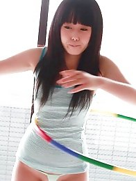 Machiko is such a cute little liar. She said she sucked at hula hooping, but compared to other Japanese chakuero girls, Machiko is definitely in the t