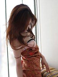 Captivating beauty Remi Kawashima enchants with her plump boobs