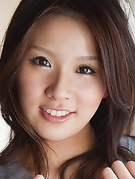 Honey japanese babe Rinka Aiuchi show her hairy pussy